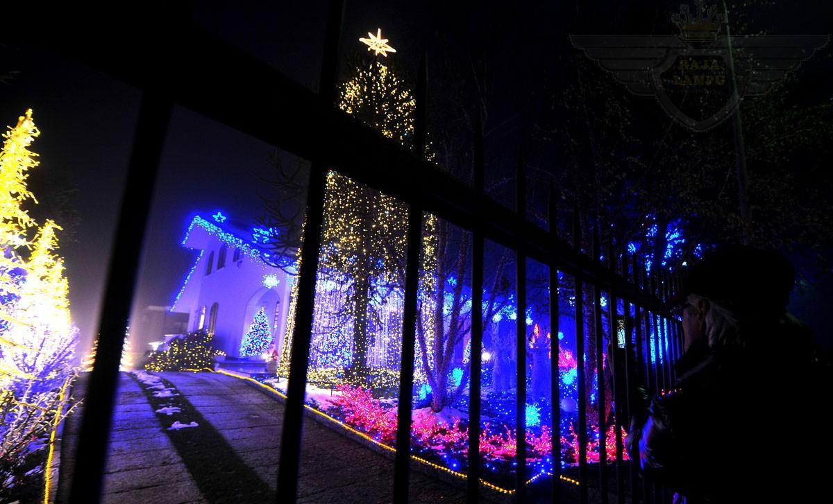 lampu tema natal