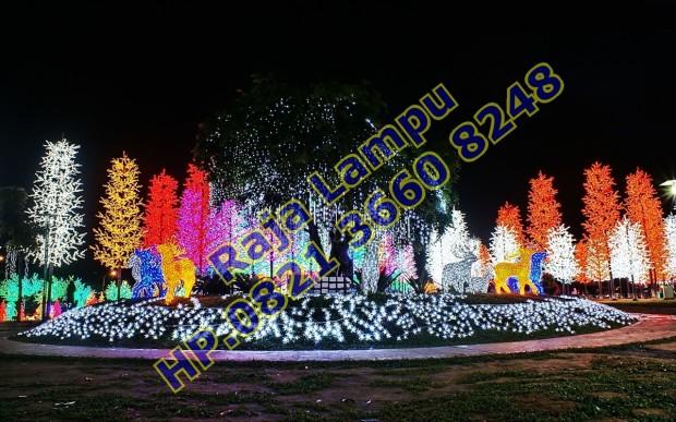 Lampu Sorot Pohon